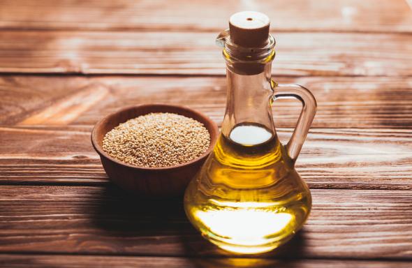 Gold-of-pleasure oil, cold pressed