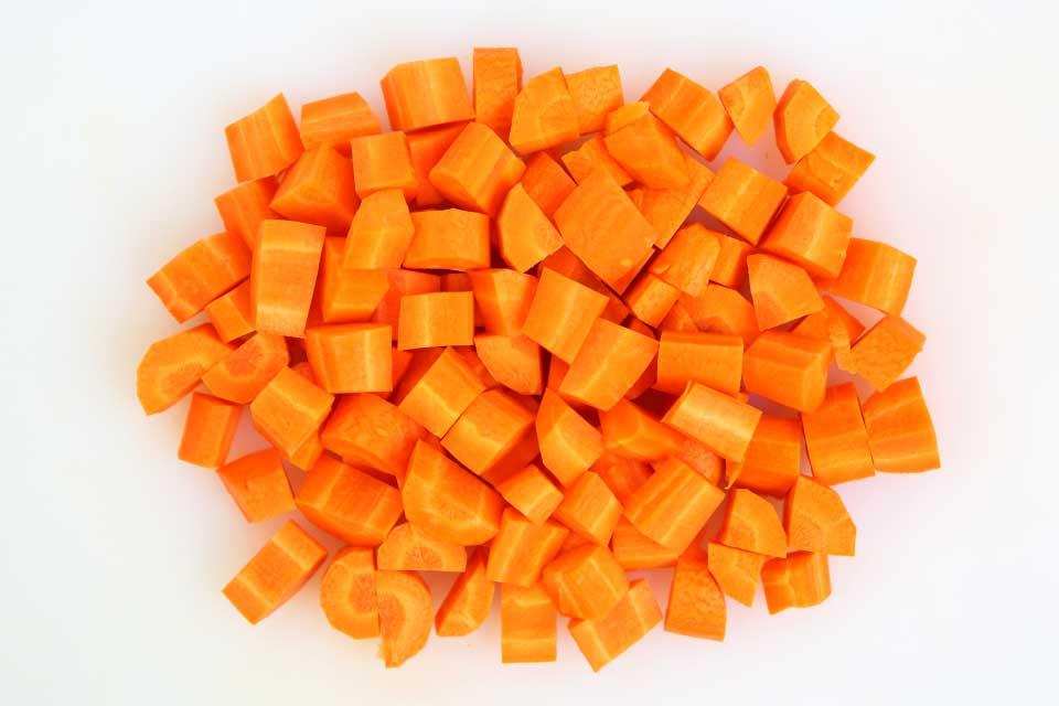 Carrot, cubes