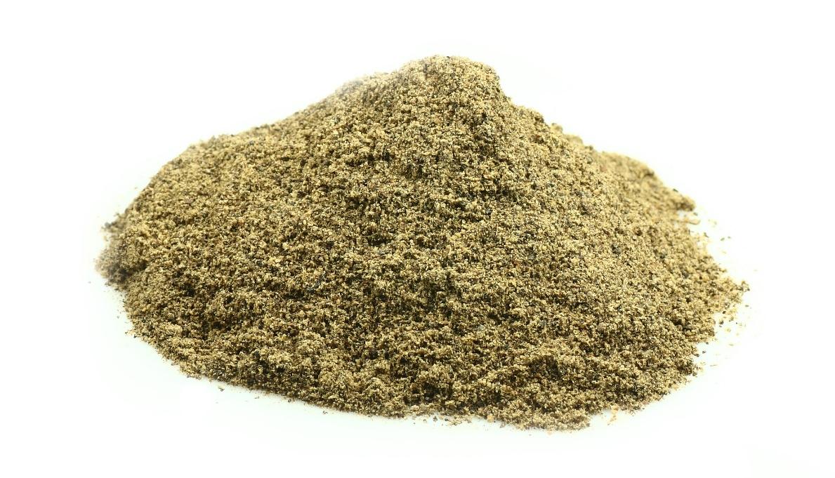 Lovage herb, ground